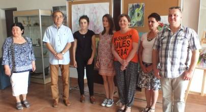 od lewej Cecylia Szymańska, Andrzej Sobczyk, Julia Twardowska, Marta Wiśniewska, Sabina Olszewska, Anna Król, Piotr Chmiel